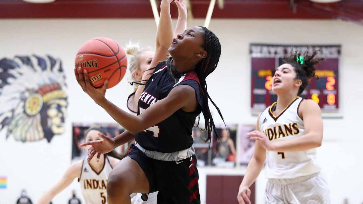Salina Central defeated Hays High 64-43 in Hays on Friday, January 29, 2021.  (Photo: Everett...