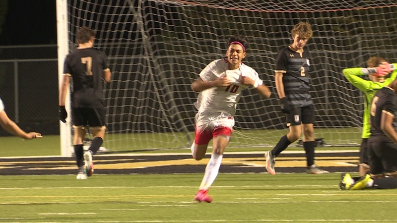 Maize stunned rival Maize South Thursday night 3-1, handing the Mavericks their first loss of...