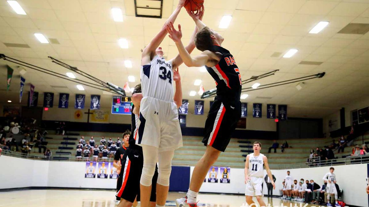 TMP-Marian defeated Ellis 59-56 in Hays, Friday, January 15, 2021.  (Photo: Everett Royer,...