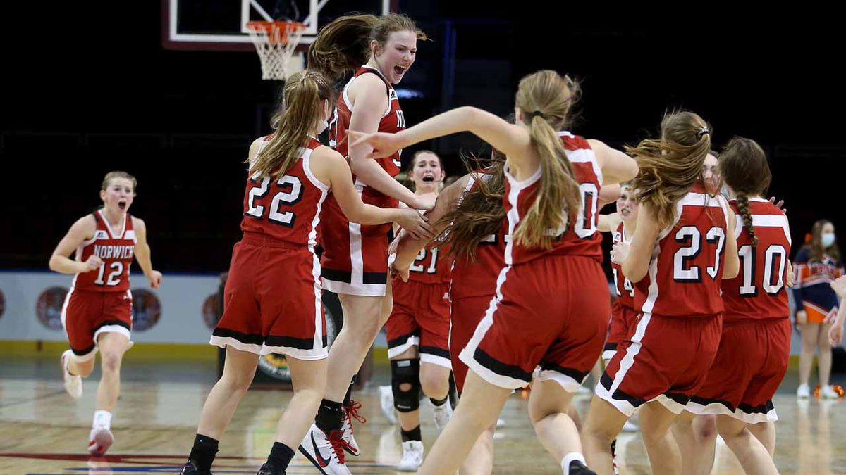The Norwich girls defeated Doniphan West 54-49 in a 1AD1 State Basketball semifinal game at the...