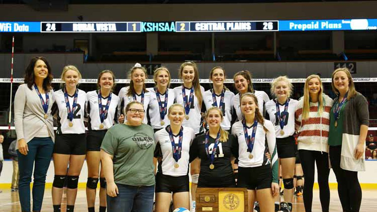 Central Plains defeated Rural Vista 22-25, 25-22, 26-24 to win the 2019 KSHSAA 1A State Volleyball Championship on Saturday, November 2, 2019.  (Photo: Everett Royer, www.ksportsimages.com)