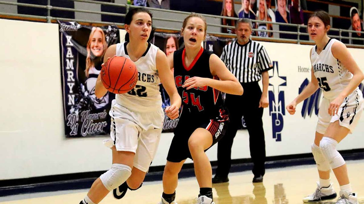 TMP-Marian defeated Ellis 56-38 in Hays, Friday, January 15, 2021.  (Photo: Everett Royer,...