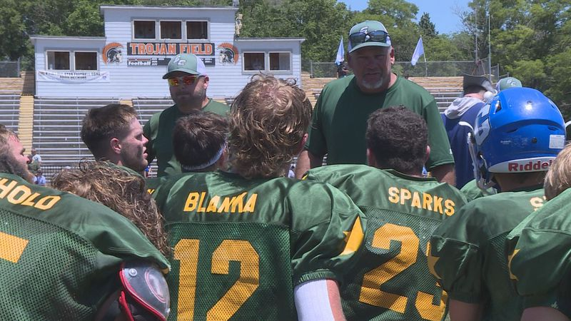 St. Francis football star shows off versatility in all-star game.