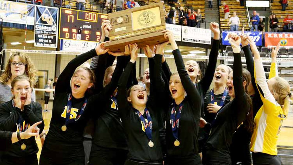 Garden Plain defeated Wabaunsee 27-25, 25-11 to win the KSHSAA Class 2A State Volleyball Championship at Gross Memorial Coliseum in Hays on Saturday, October 27, 2018.   (Photo: Everett Royer, www.ksportsimages.com)